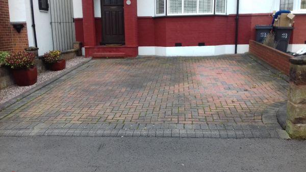 Driveway Maintenance in East croydon